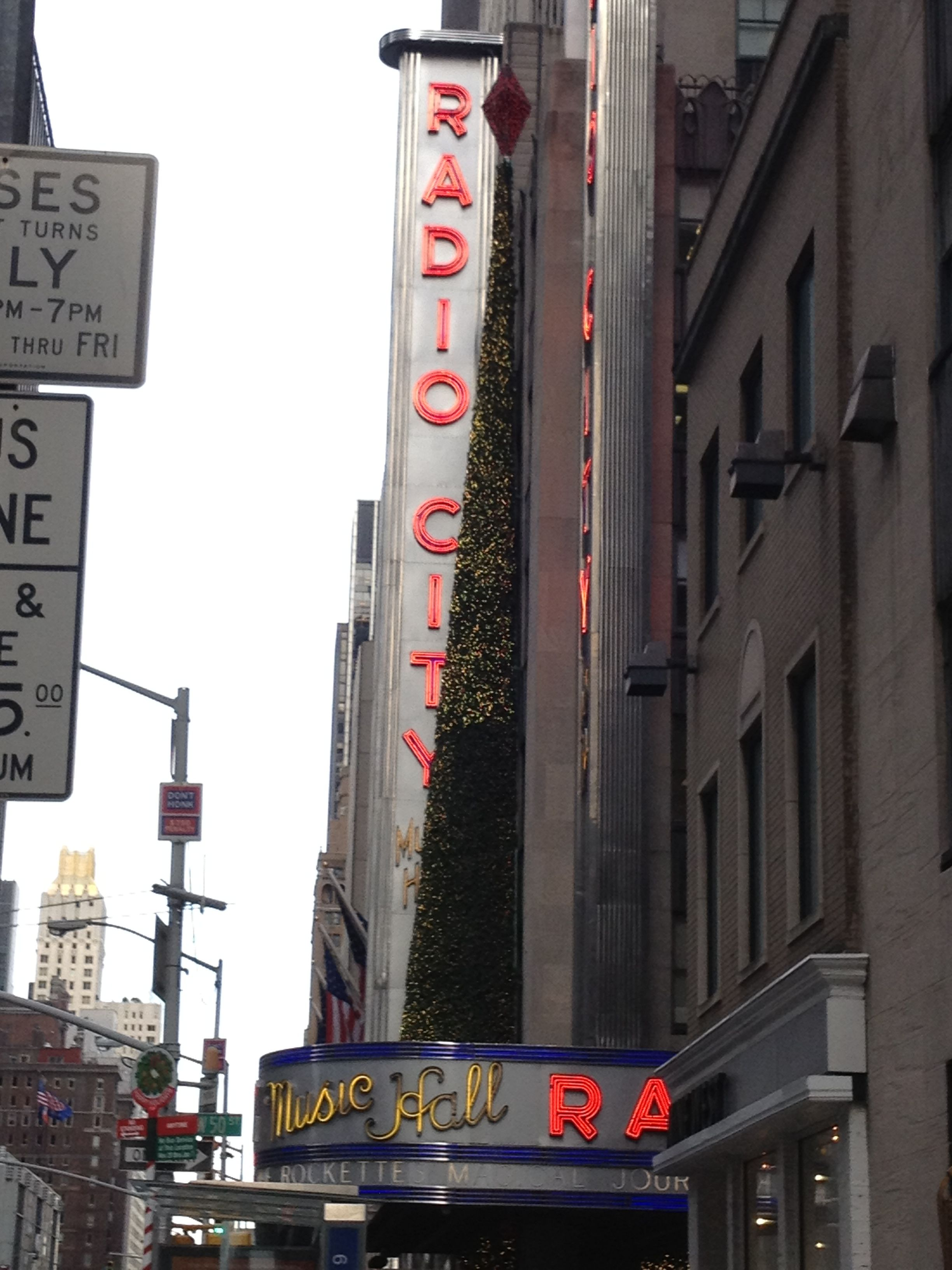 Radio City Hall - Times Square | Times square, City hall