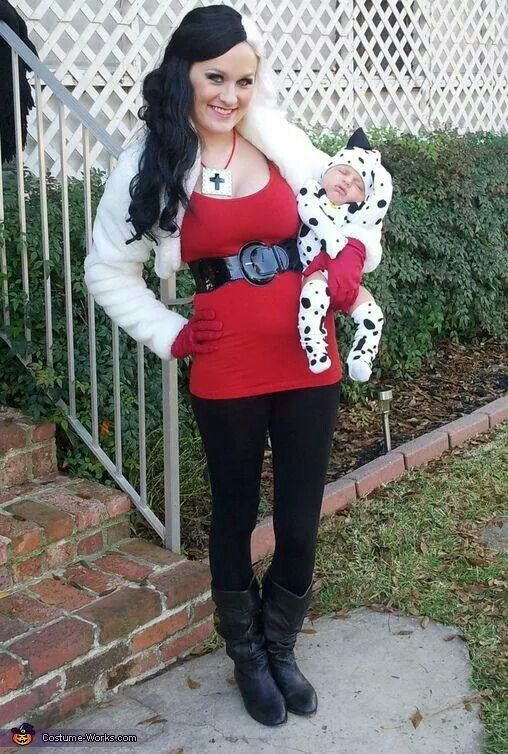 Mother daughter Halloween costumes More  sc 1 st  Pinterest & Dalmatian Puppy u0026 Cruella de Vil - Halloween Costume Contest at ...