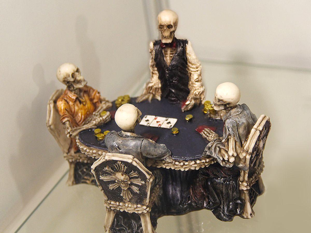 Заядлые любители покера