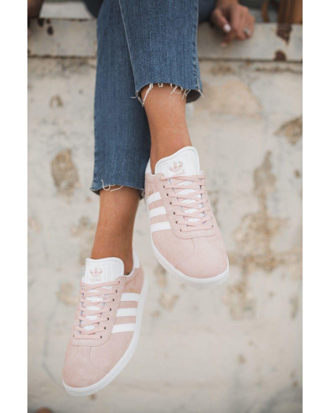 negozio scarpe adidas perugia