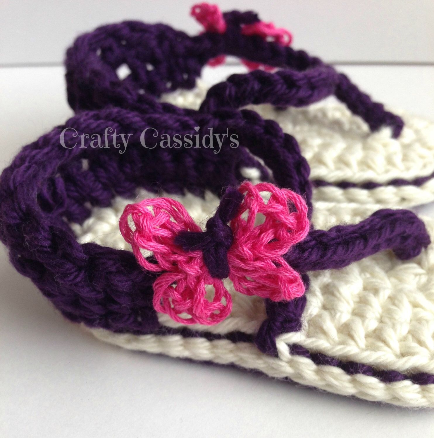 f7969851037673 Purple crochet sandals with bright pink butterfly