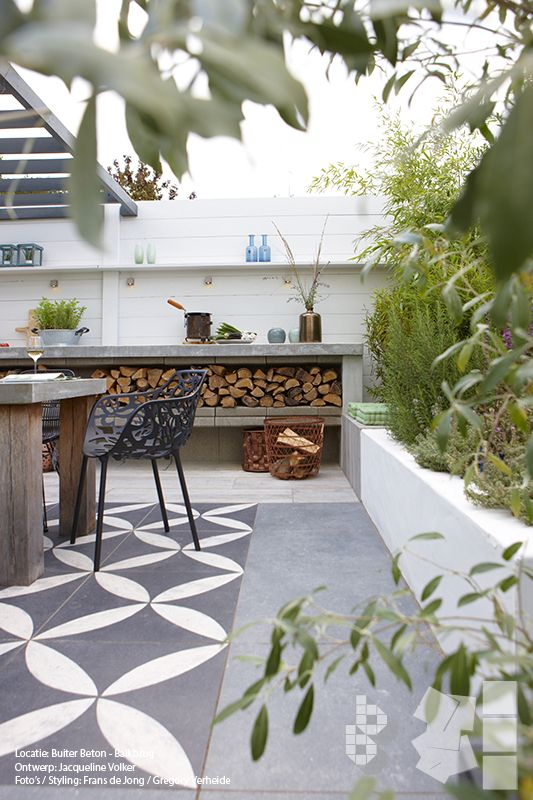 Binnen buiten tuin met vtwonen buitentegels ontwerp for Garden designs by jacqueline
