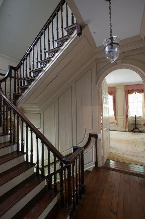 Old School Charleston Townhouse In 2018 Stairs And Handrails Idea