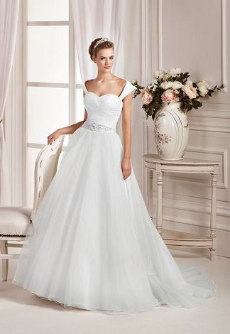 athi front affezione wedding dresses.jpg