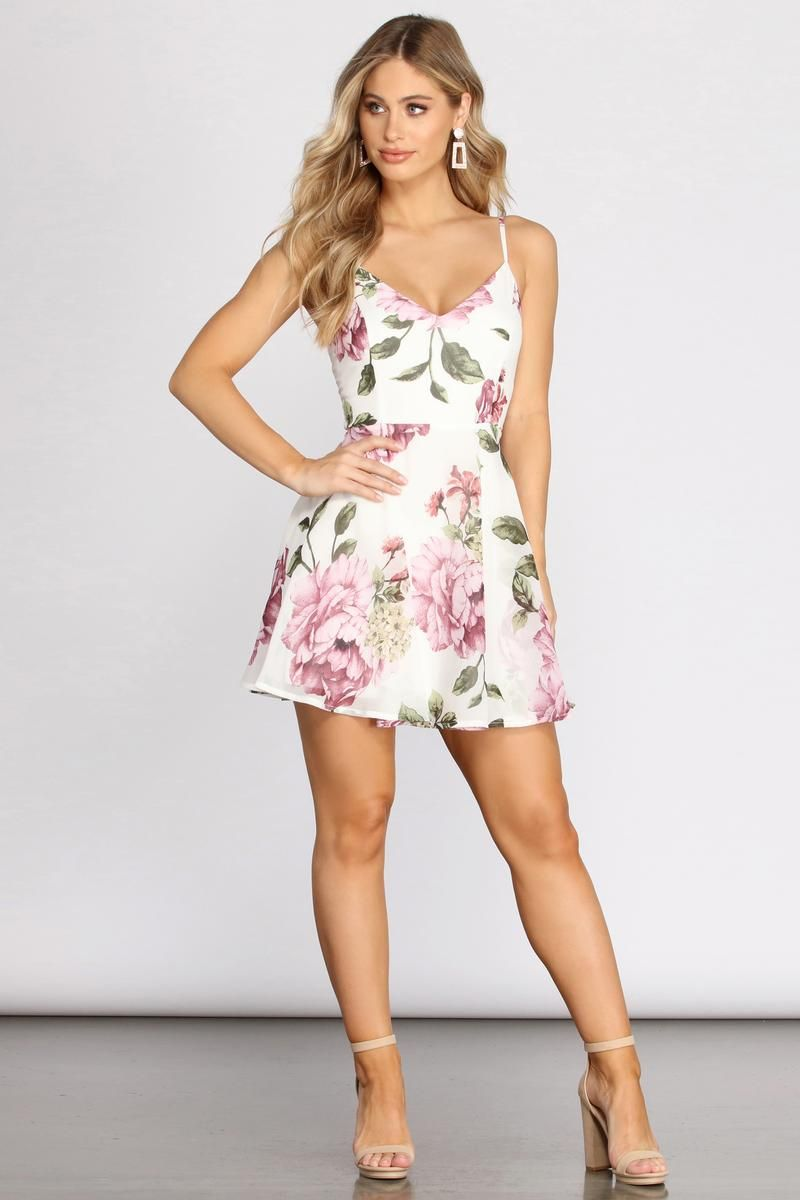 Pick Of The Bunch Floral Chiffon Skater Dress Floral Dresses Short Floral Dress Casual Mini Dress Outfits [ 1200 x 800 Pixel ]