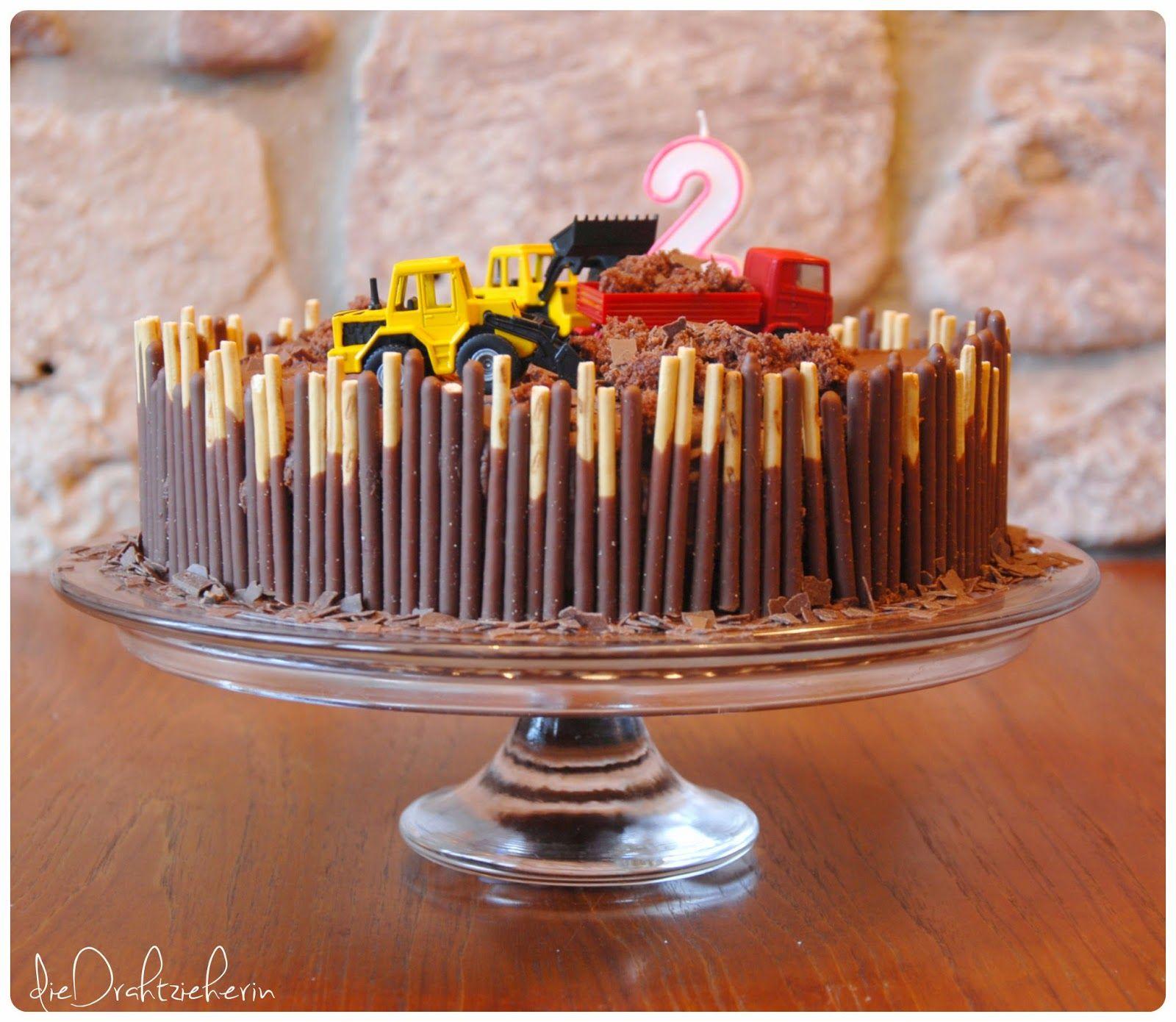 So wurde er genannt von meinem nun 2 Jährigen D Am Montag war sein · Bagger GeburtstagBagger KuchenMatschKinder TortenZeichenTorten Rezepte