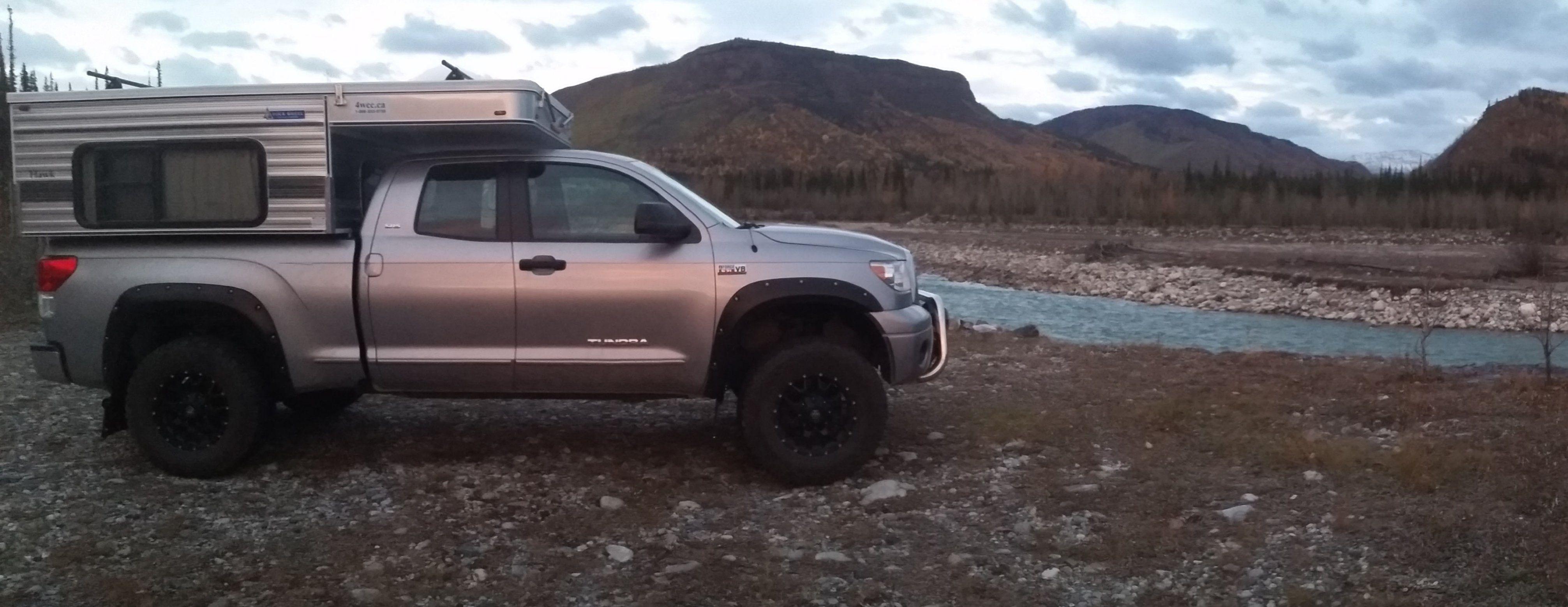 Yukondolt S 2011 Tundra With 2015 Fwc Hawk Silver Spur Truck Camper Trucks Camper