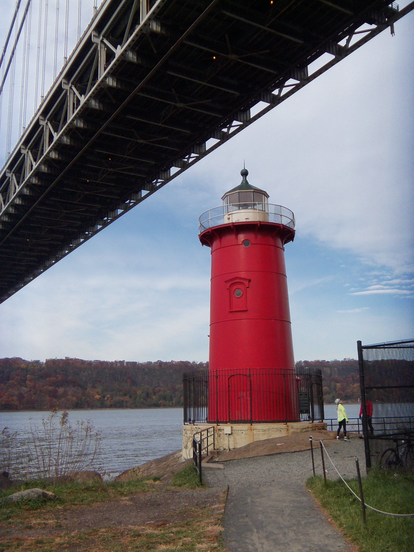 little red lighthouse under the great grey bridge george washington rh pinterest co uk