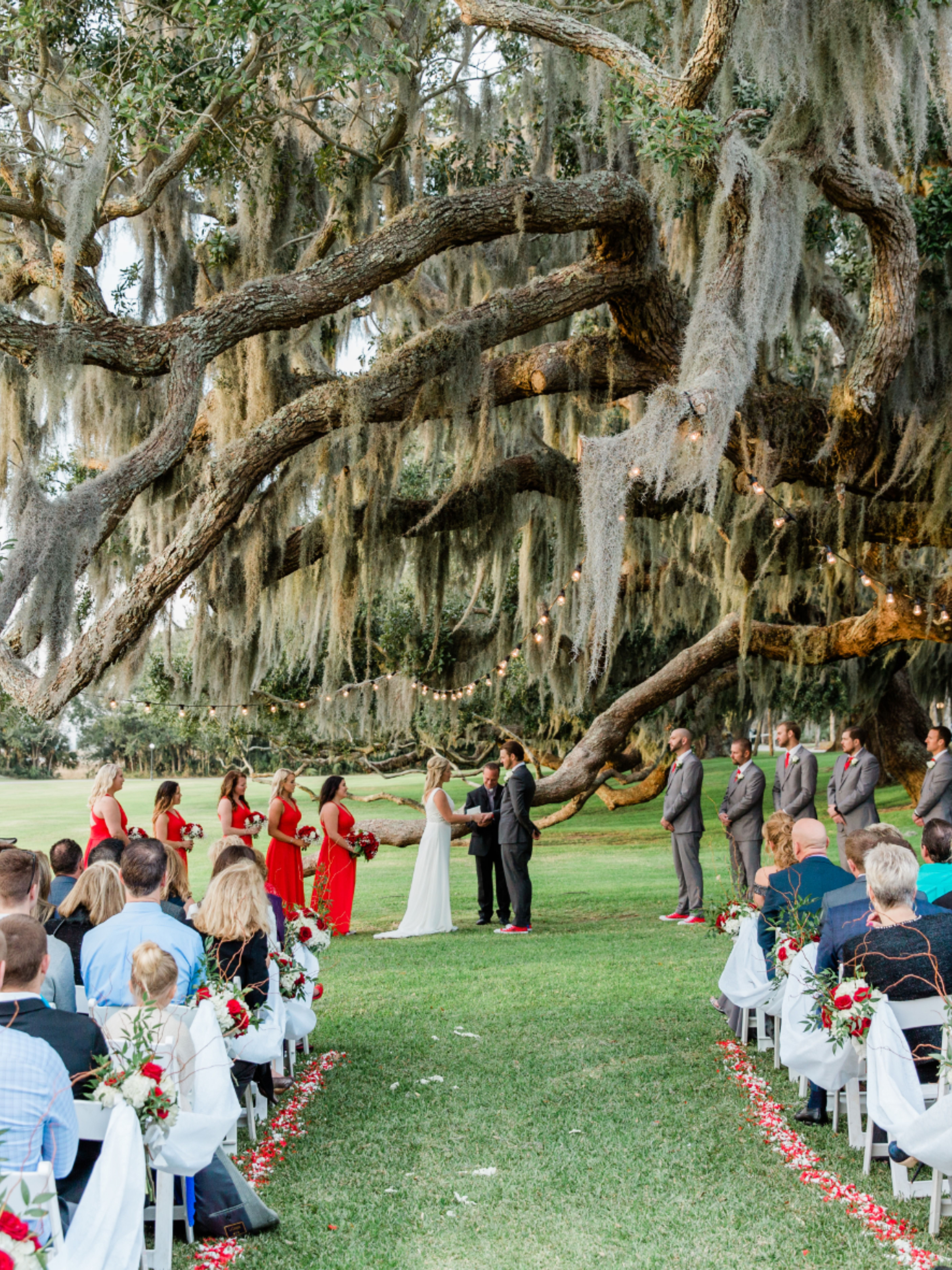The Most Picturesque Southern Wedding Venue In 2020 Southern Wedding Venues Dream Destination Wedding Georgia Wedding