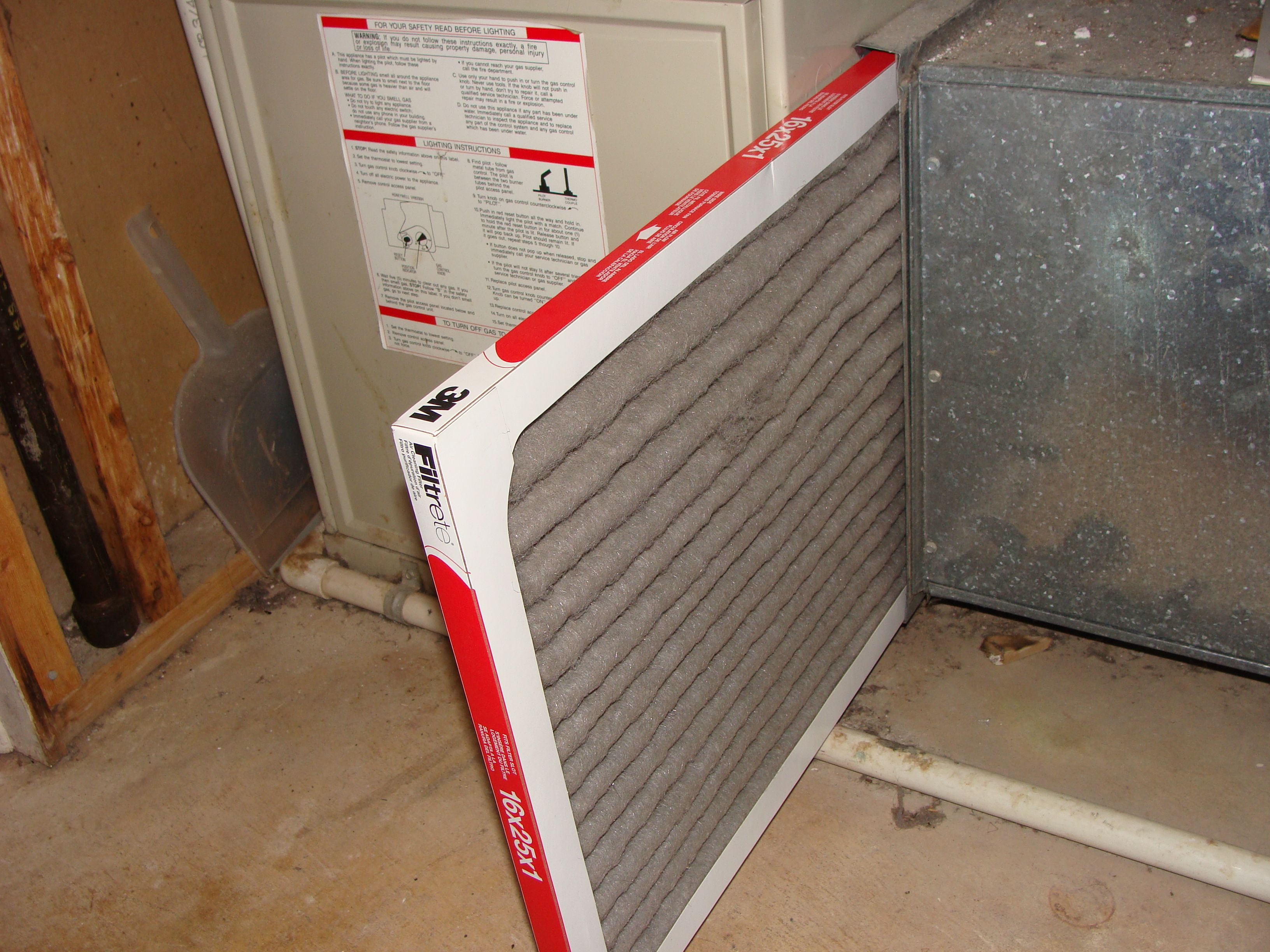 Changing Furnace Filter Is Very Important To The Efficiency Of The Unit Home Inspection Furnace Filters Home Appliances