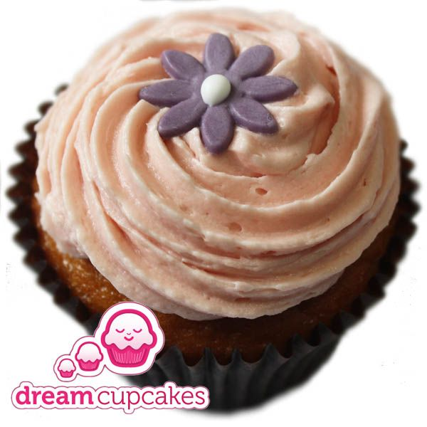 Dream Cupcakes // - 'Sally Strawberry' - A delicious vanilla sponge with a delicately-swirled pink-cooloured strawberry-flavoured frosting, topped with a an edible white sugar daisy.