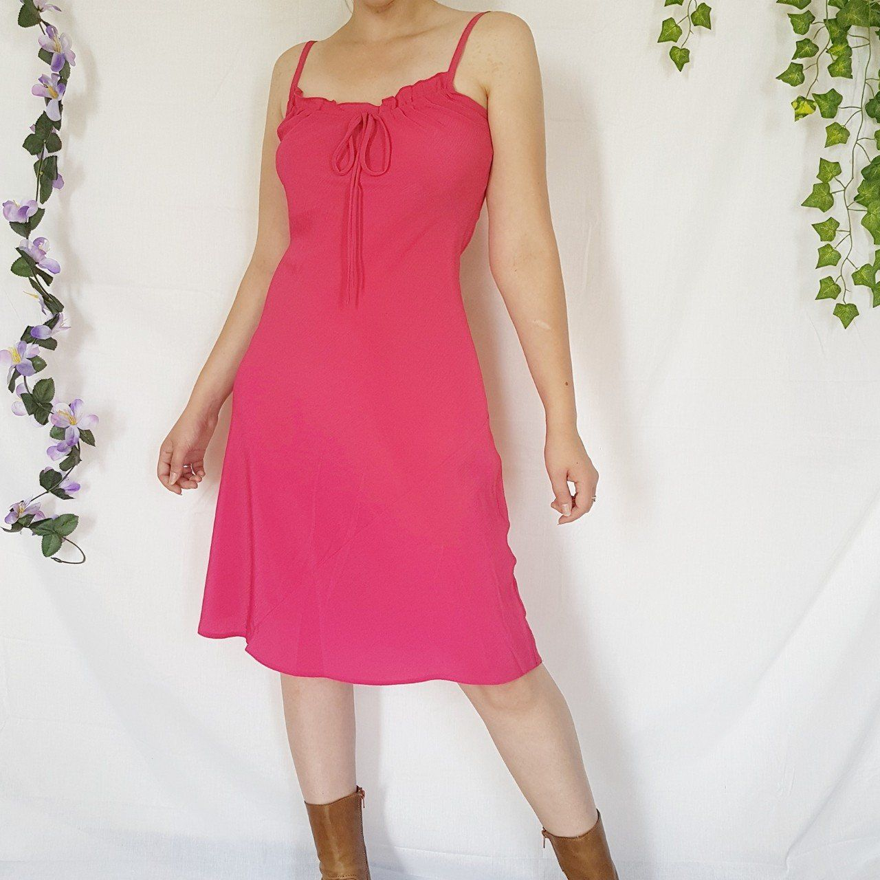 Amazing hot pink y2k dress 1 Dresses, Red dress, Size