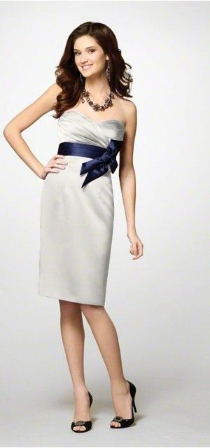 159 Alfred Angelo Cute Rehearsal Dinner Dress