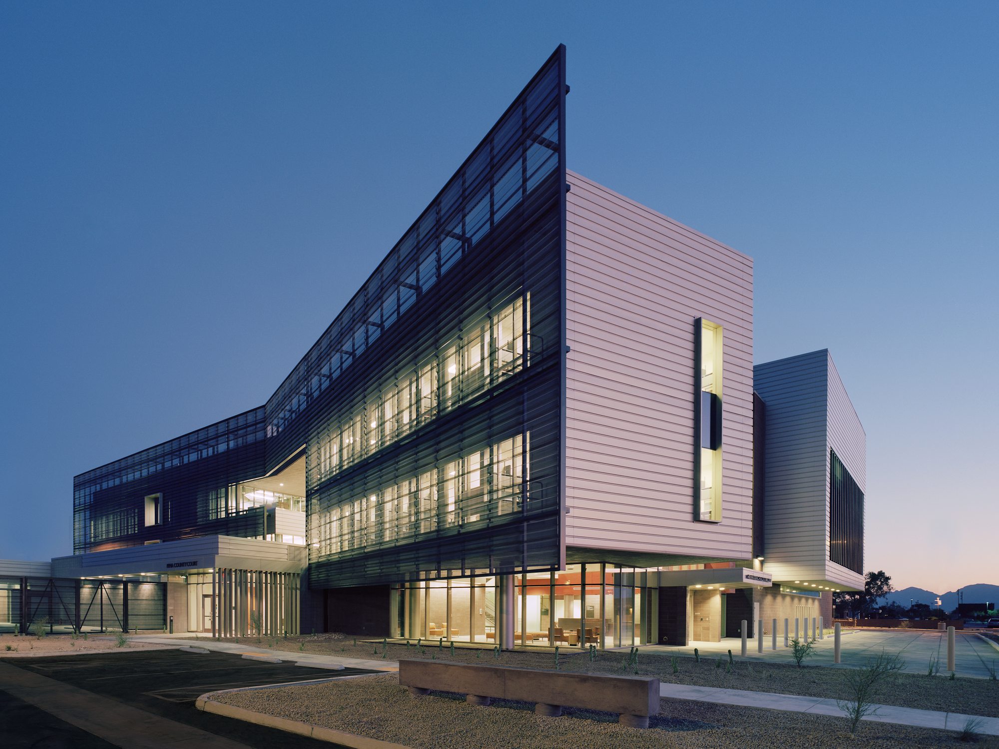 Gallery Of University Of Arizona Medical Center South Campus Cannon Design Cdg Architects