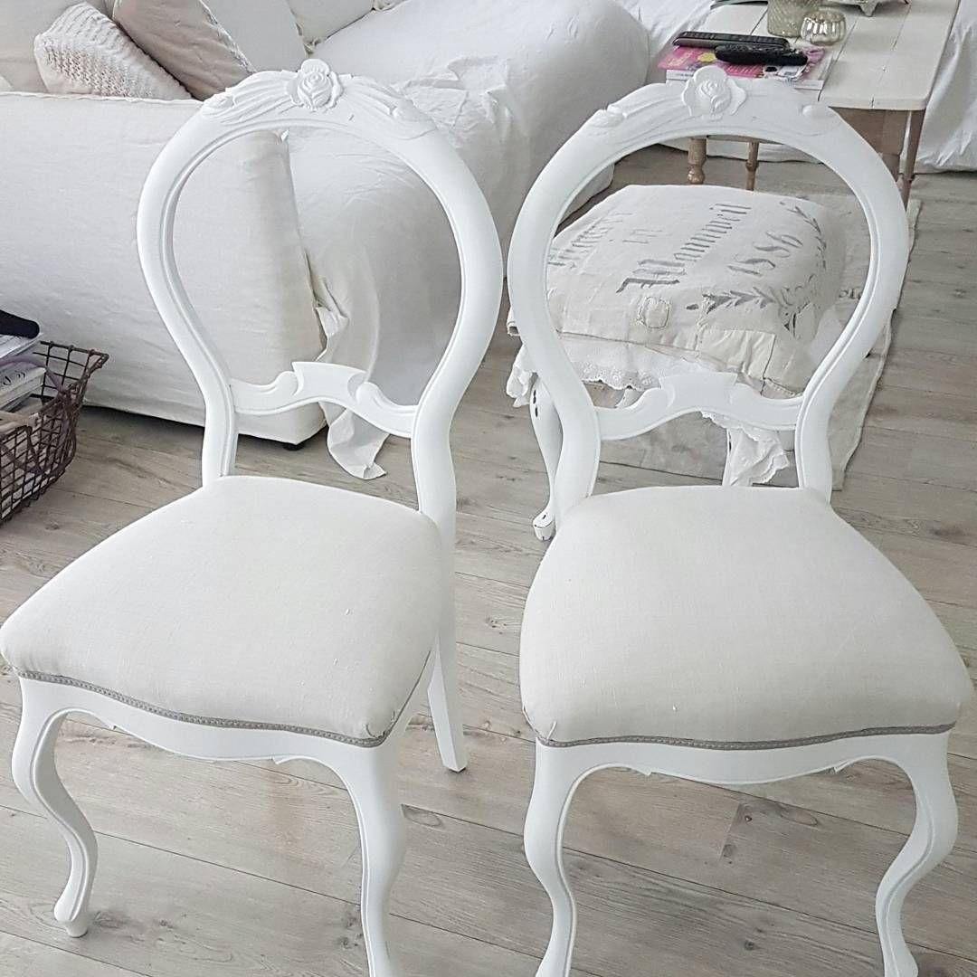 """Gefällt 353 Mal, 28 Kommentare - 🍃🌸Nicole🌸🍃 (@weissmacherei) auf Instagram: """"Guten Morgen Ihr Lieben, heute gibt es mal ein Vorher - Nachher Bildchen für Euch. Die alten Stühle…"""""""