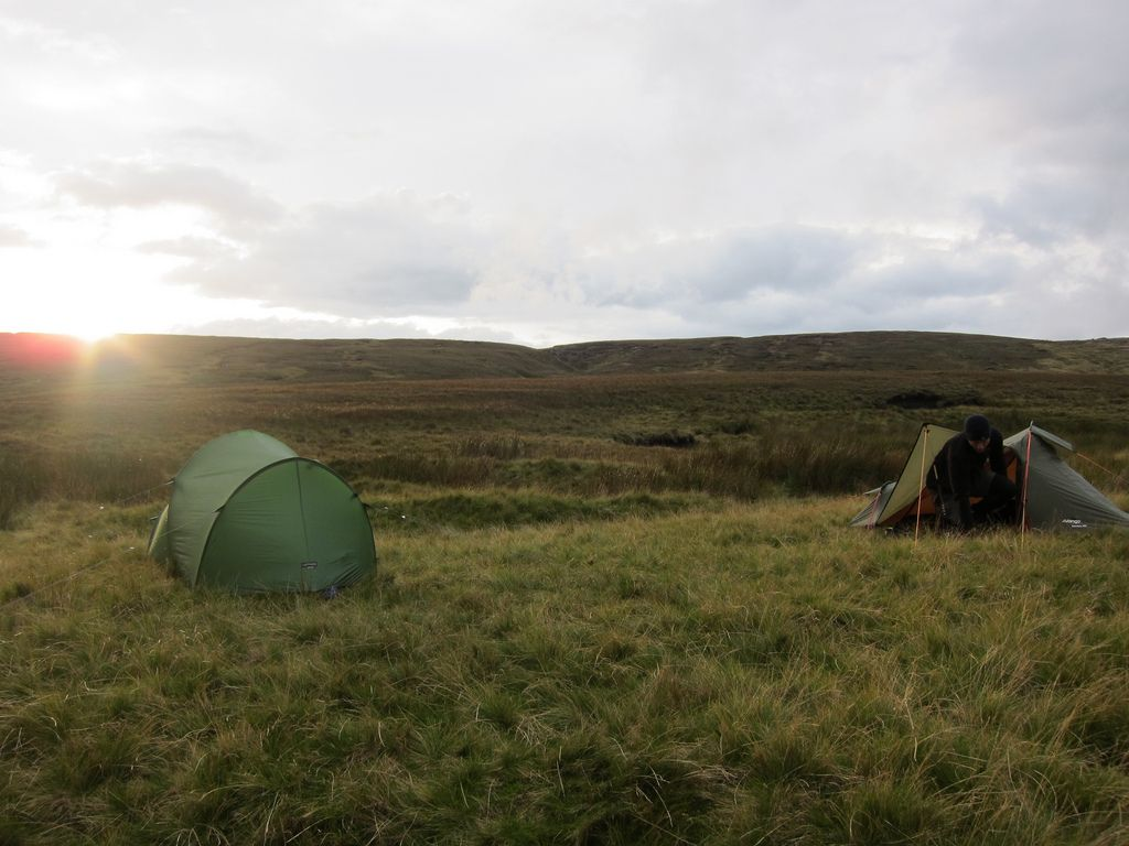 Wild Camping Peak District >> Grains In The Water Wild Camp Adventure Ideas Wild Camp