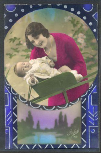 NK199-ART-DECO-MERE-Bebe-MOTHER-BABY-WHEELBARROW-KITSCH-PHOTO-dART-POCHOIR