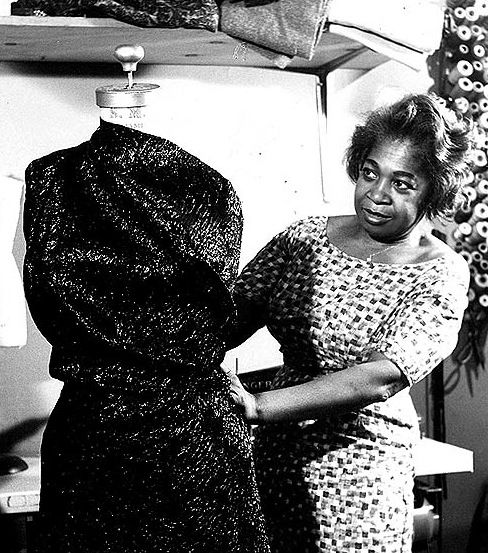 Zelda Wynn Valdes Taking Notes As We Speak Black Fashion Designers African American Fashion Black Fashion