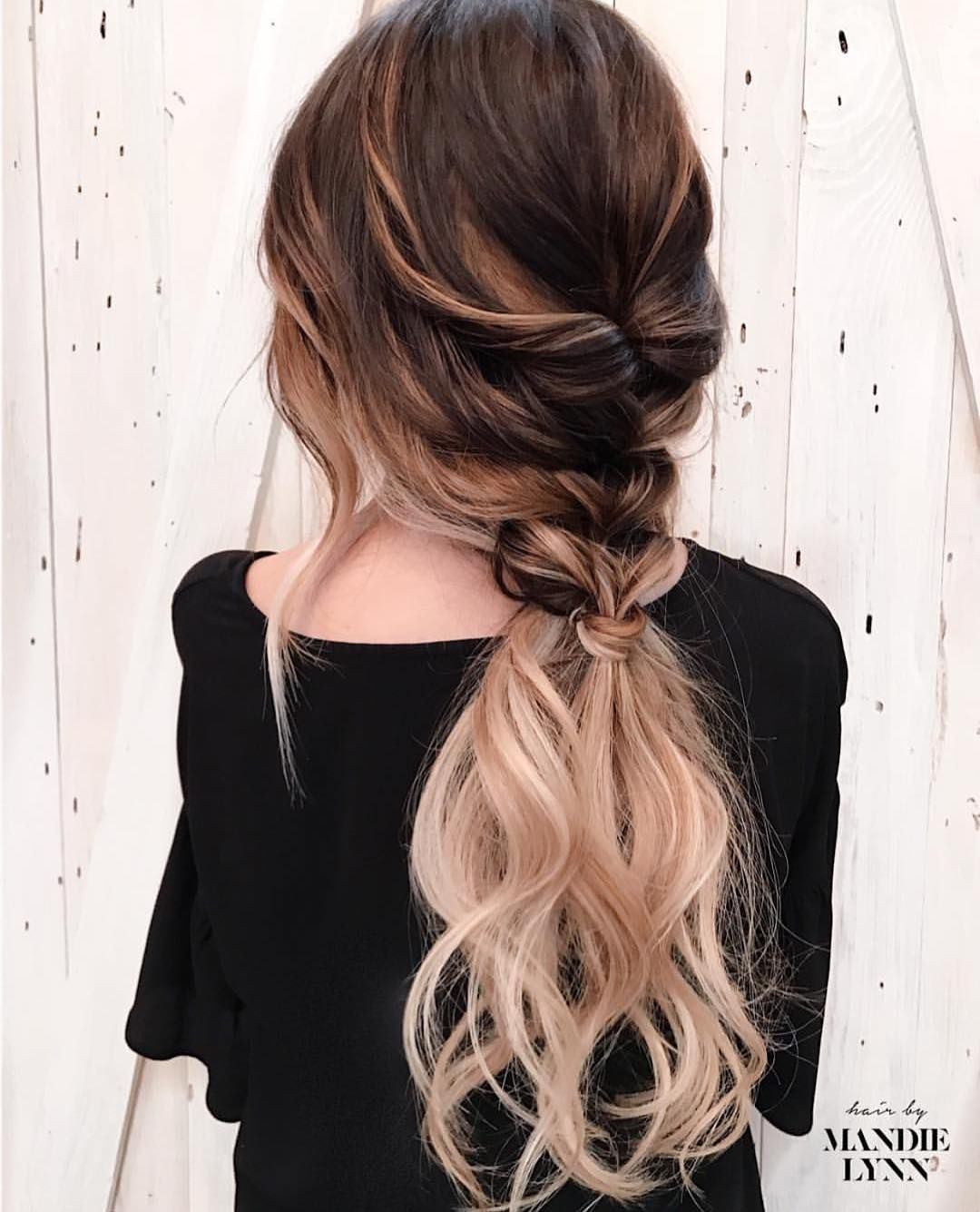10 trendige Pferdeschwanz Frisuren für lange Haare - einfache Pferdeschwänze - Frisuren Modelle #ponytailhairstyles