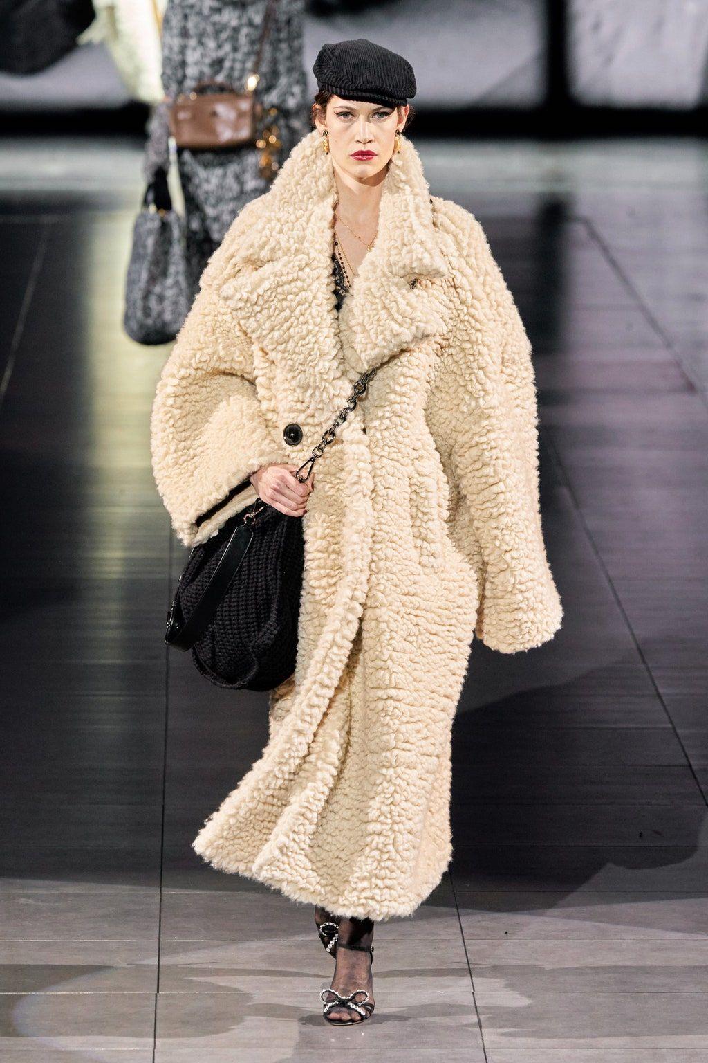 Dolce & Gabbana Herbst/Winter 2020-2021 Ready-to-Wear - Kollektion | Vogue Germany