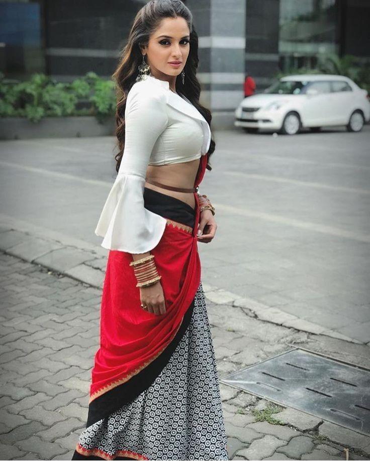 Pin On Indian/Pakistani Splendor Ladies