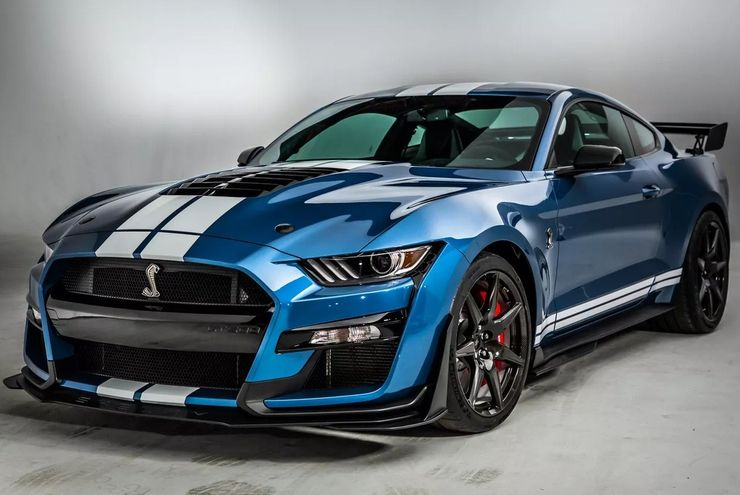 The Battle Between The Pony Cars Continues Which Looks Better The Mustang Or The Camaro Ford Mustang Shelby Mustang Shelby Ford Mustang Shelby Gt500