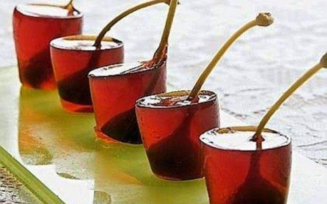 Cocktail Negroni in gelatina un paeritivo di lusso #ricette #cucina #dolci
