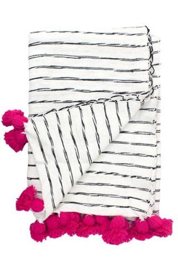 Moroccan Pompom Blanket,Moroccan Blanket,Moroccan