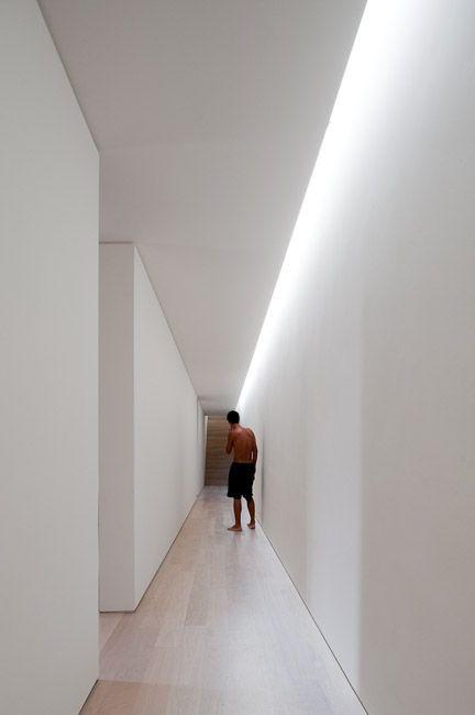 Hidden Lights Effect Light Fixtures False Ceiling Plasterboard White Wood Corridor