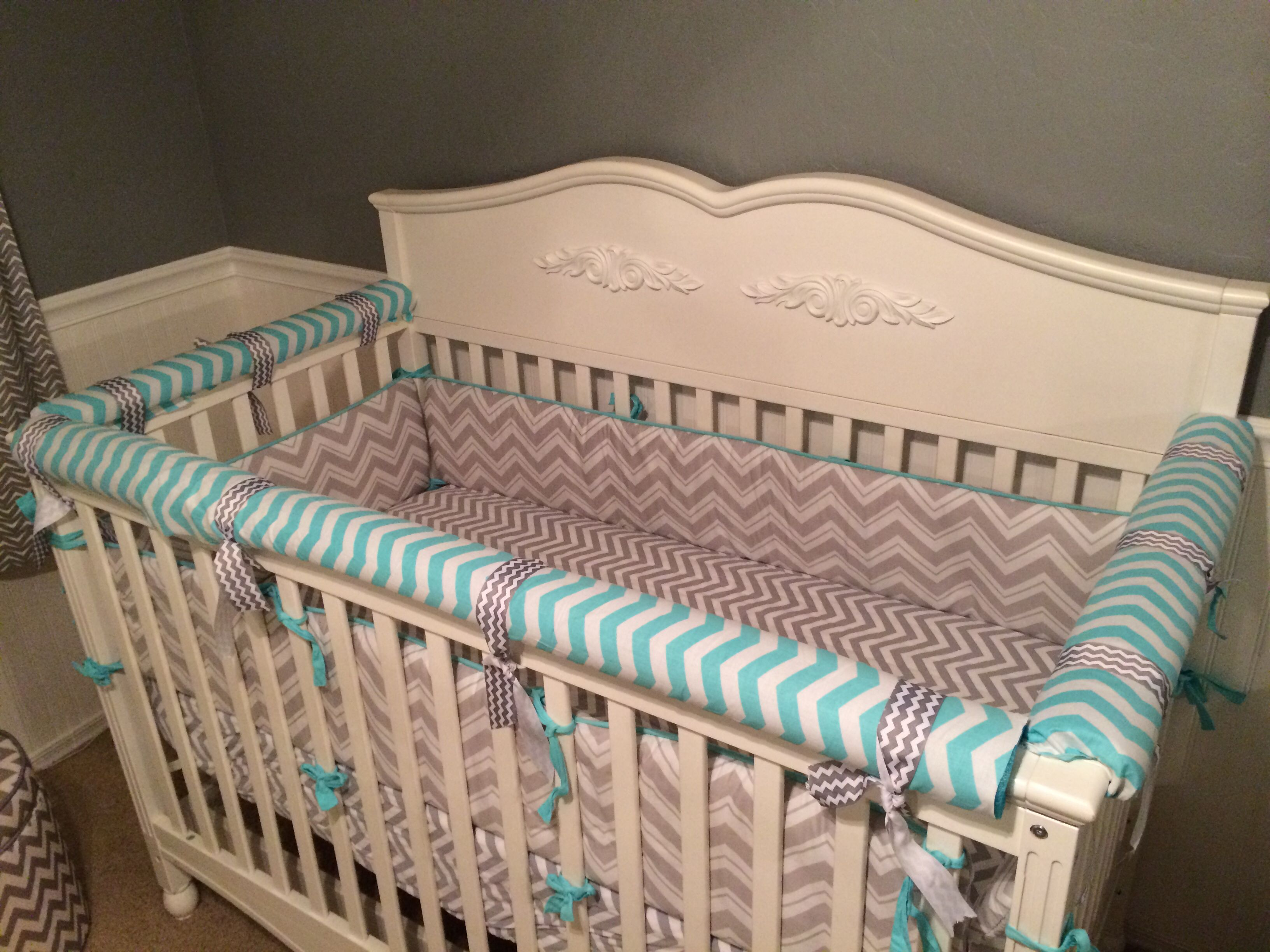 Baby crib zipper sheets - Diy Crib Teething Guard Rail Materials Used Pool Noodle Zip Ties Fabric And