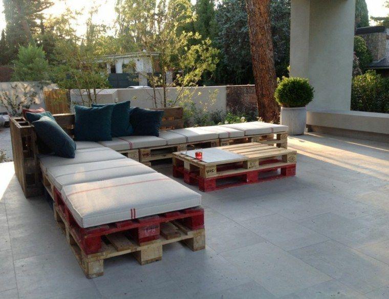 Fabriquez votre salon de jardin grâce à la palette bois ! | Bricolage
