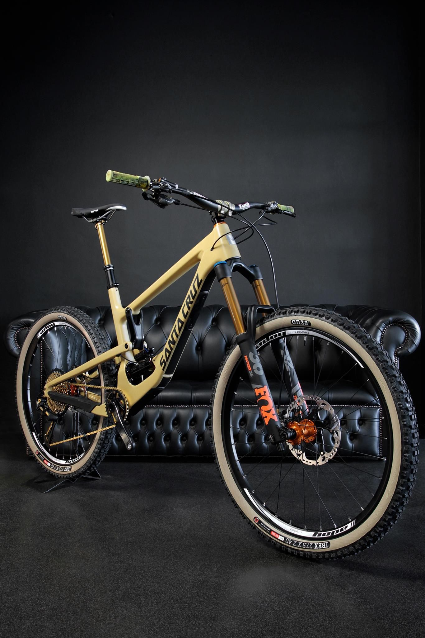 Santa Cruz Nomad Pro Build | MTB | Pinterest | Pro builds, Santa ...