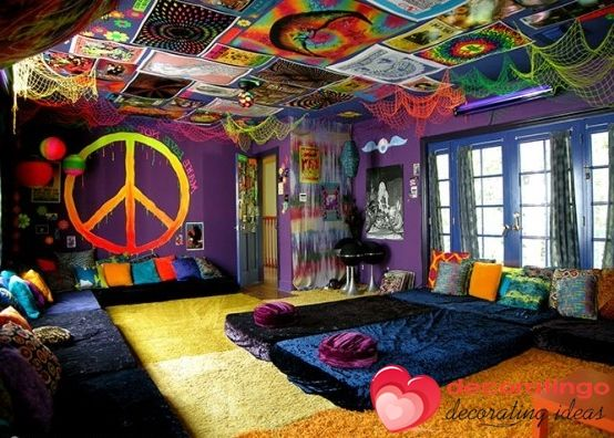 Psychedelic bedroom gallery for hippie room hippie room for Room decorating ideas hippie