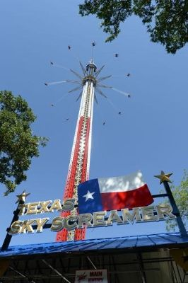 Guinness World Record Says Texas Sky Screamer At Six Flags Over Texas Is Officially The Wor Six Flags Over Texas Guinness Book Of World Records World Records