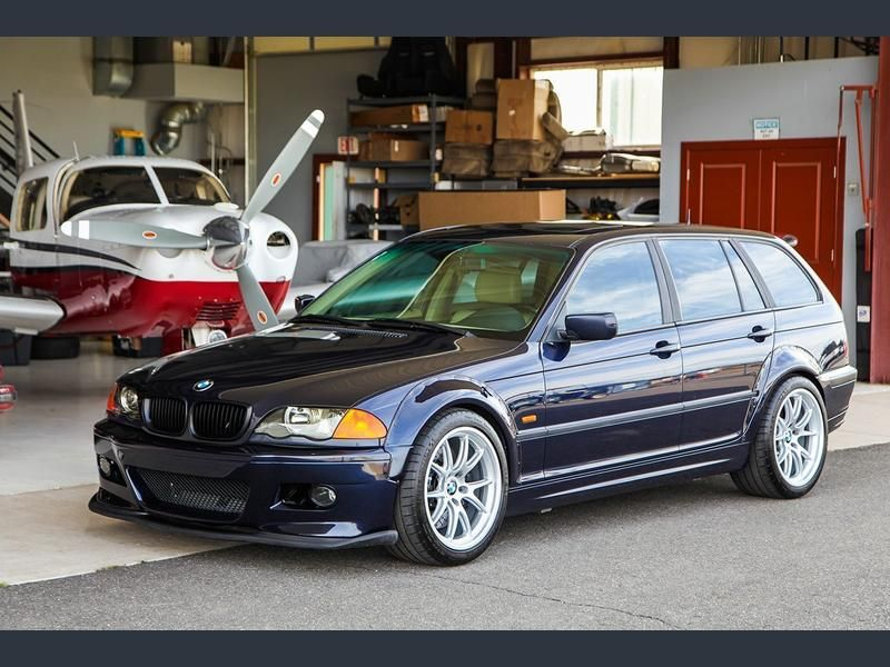 Gorgeous A 2001 325ix Wagon With An S54 Plus 6 Speed Manual Transmission From A 2004 M3 Orient Blue Bmw Touring Bmw Bmw Cars
