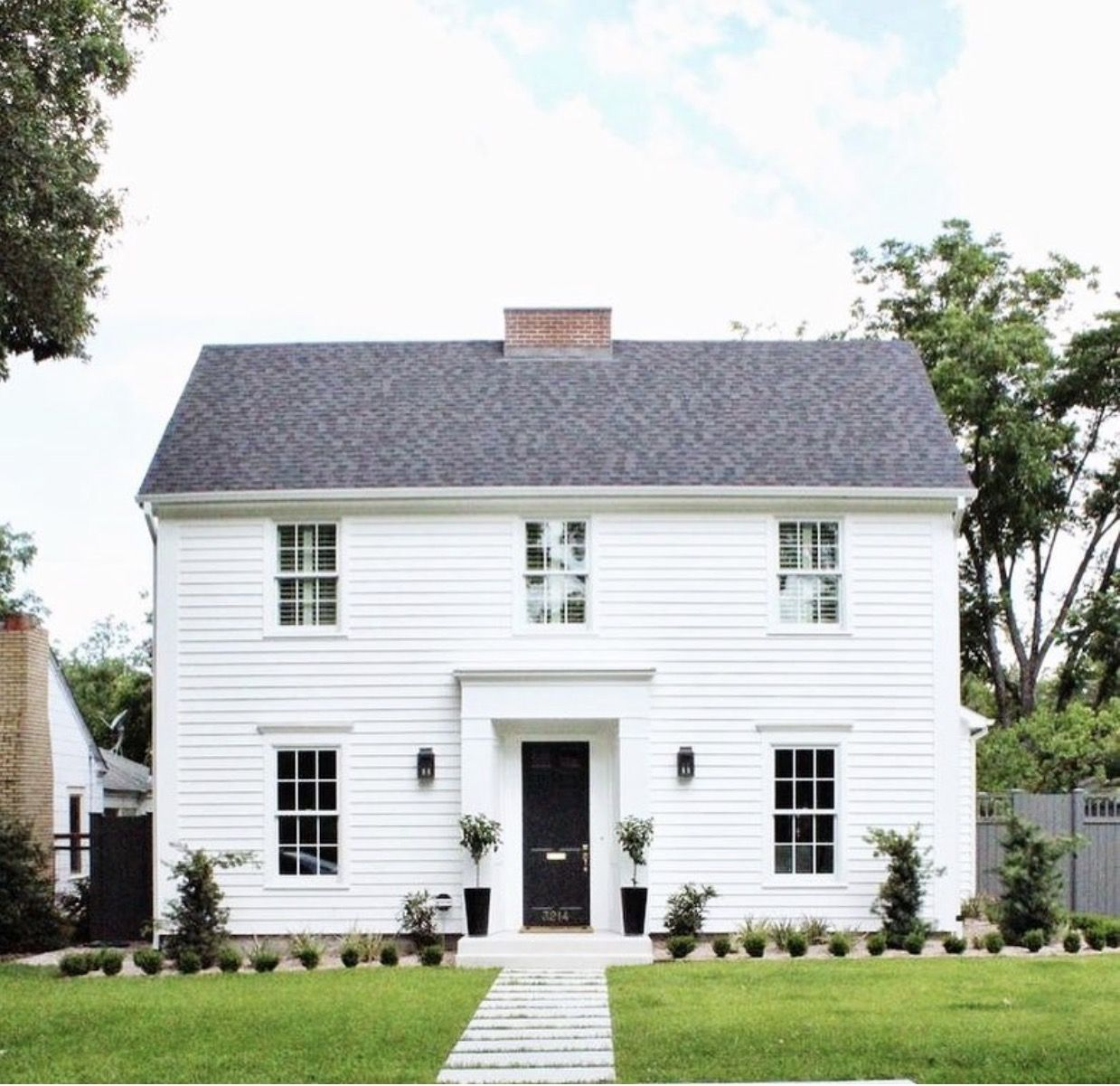 Classic Saltbox House White Colonial Americana Modern Farmhouse Exterior Colonial House Exteriors Colonial House Plans