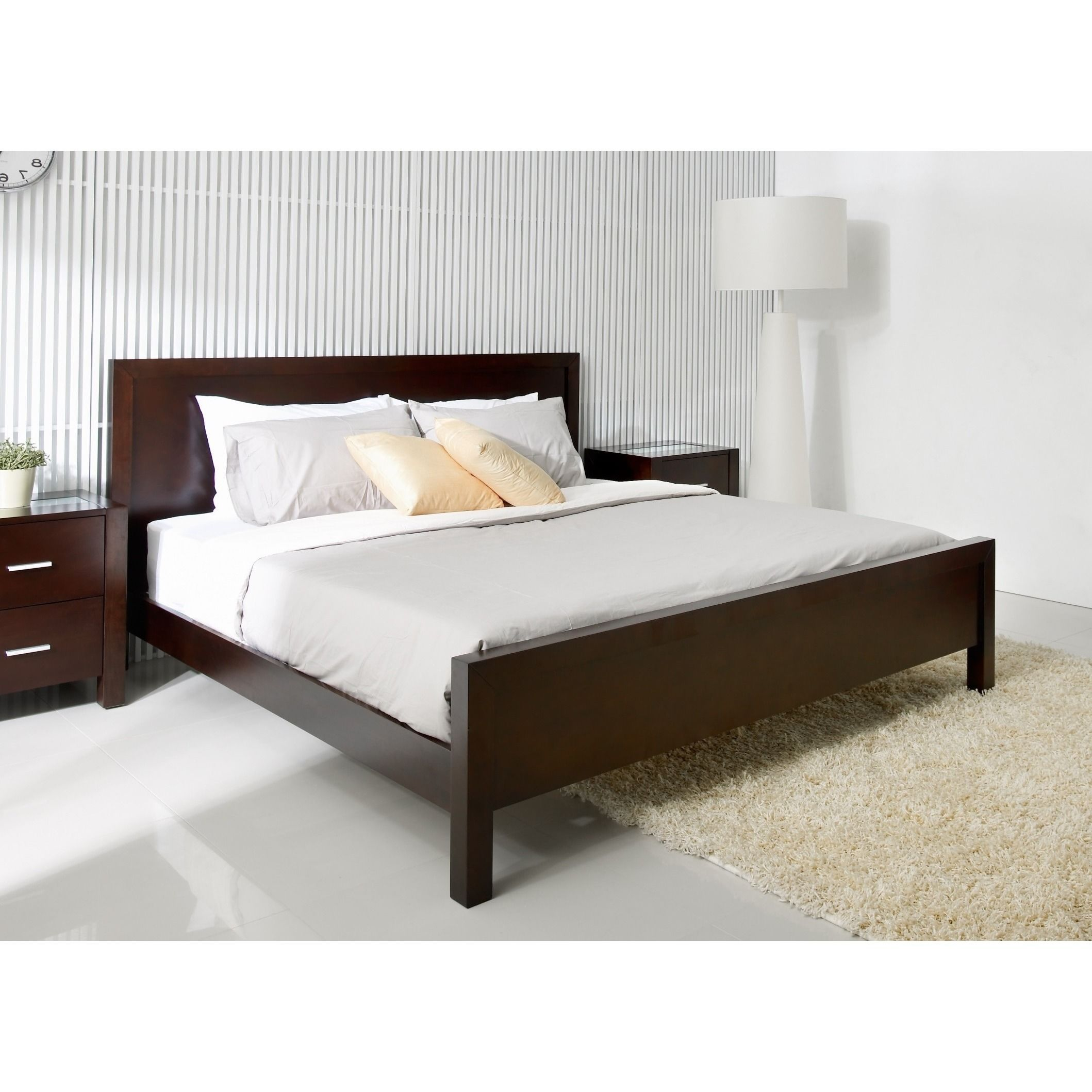 Abbyson hamptons king size platform bed white home - King size bedroom set with mattress ...