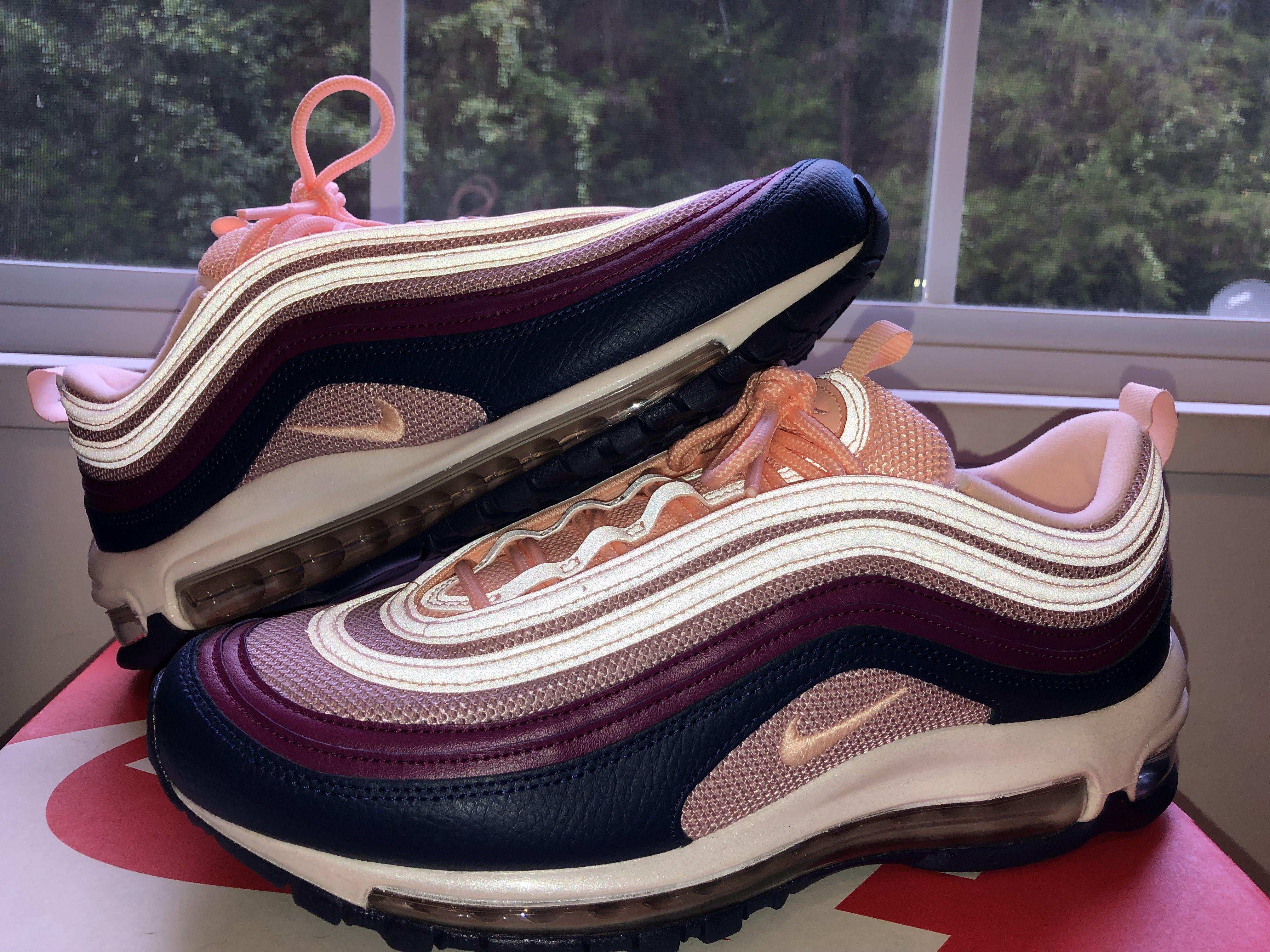 Jordan shoes girls, Nike women