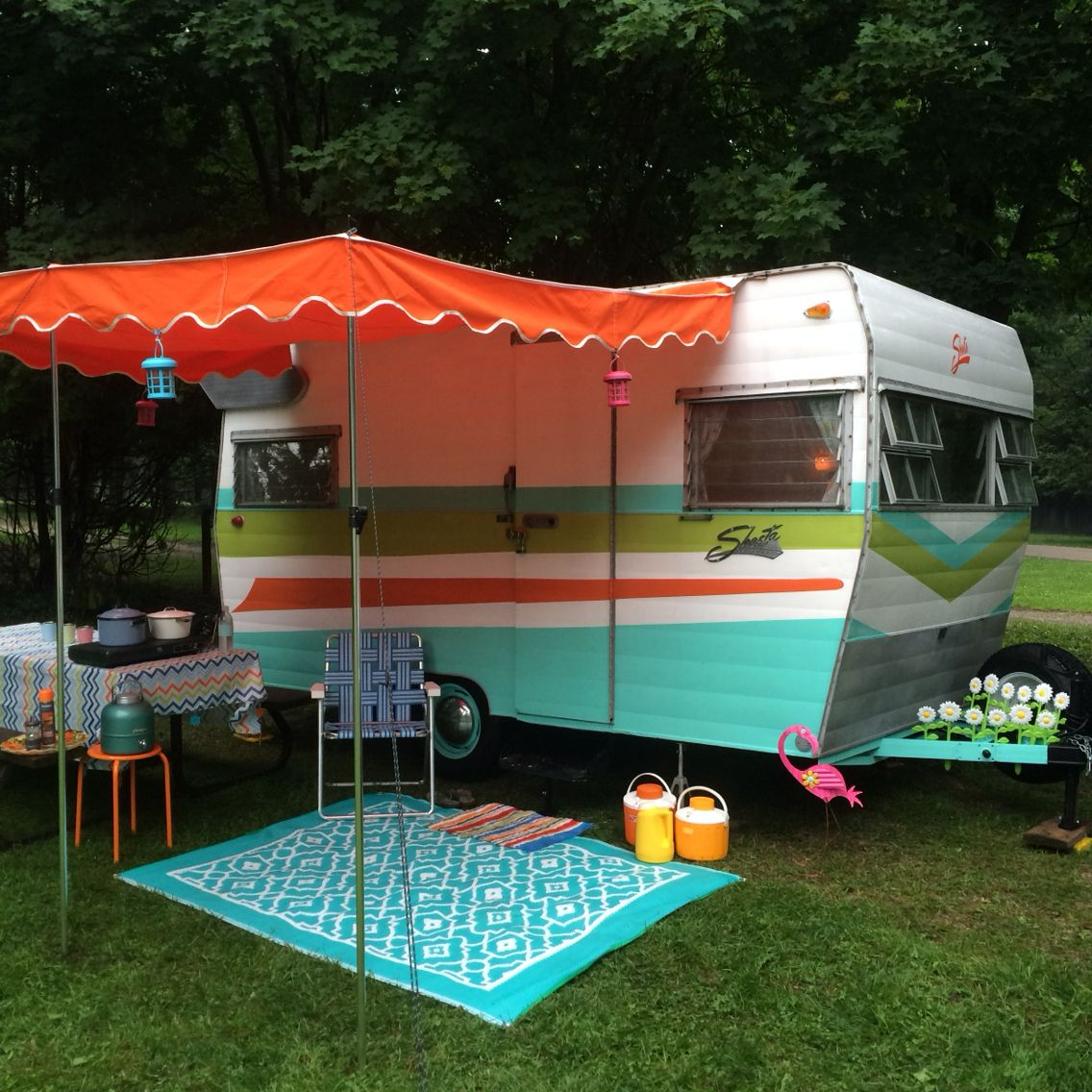 Camper Remodeling Sunny Day In My 1965 Shasta Airflyte Please Save This Pin