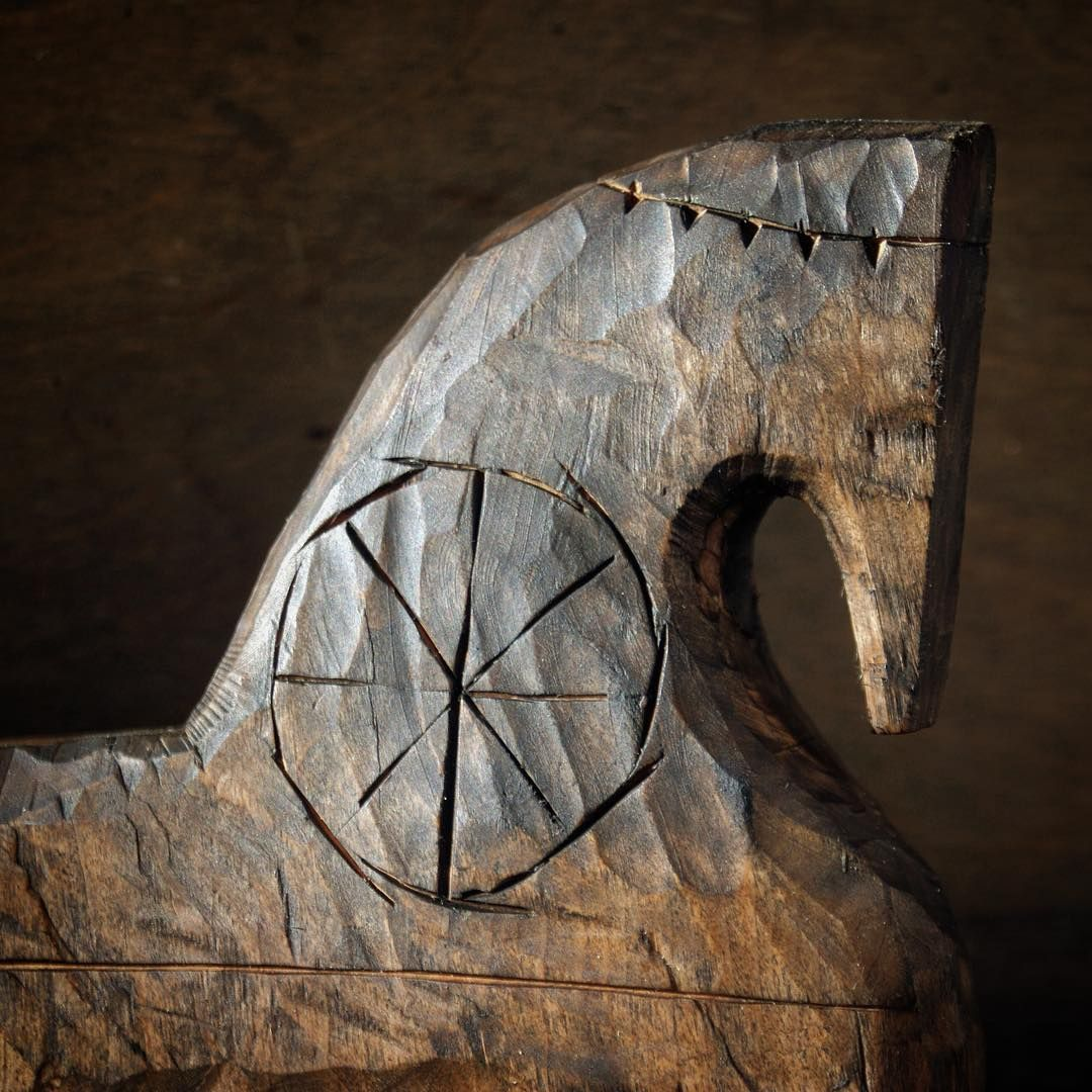 Wooden Artefact On Instagram Boevoj Kon Wood Sculpture Woodworking Art Ideas Wooden Shape Puzzle