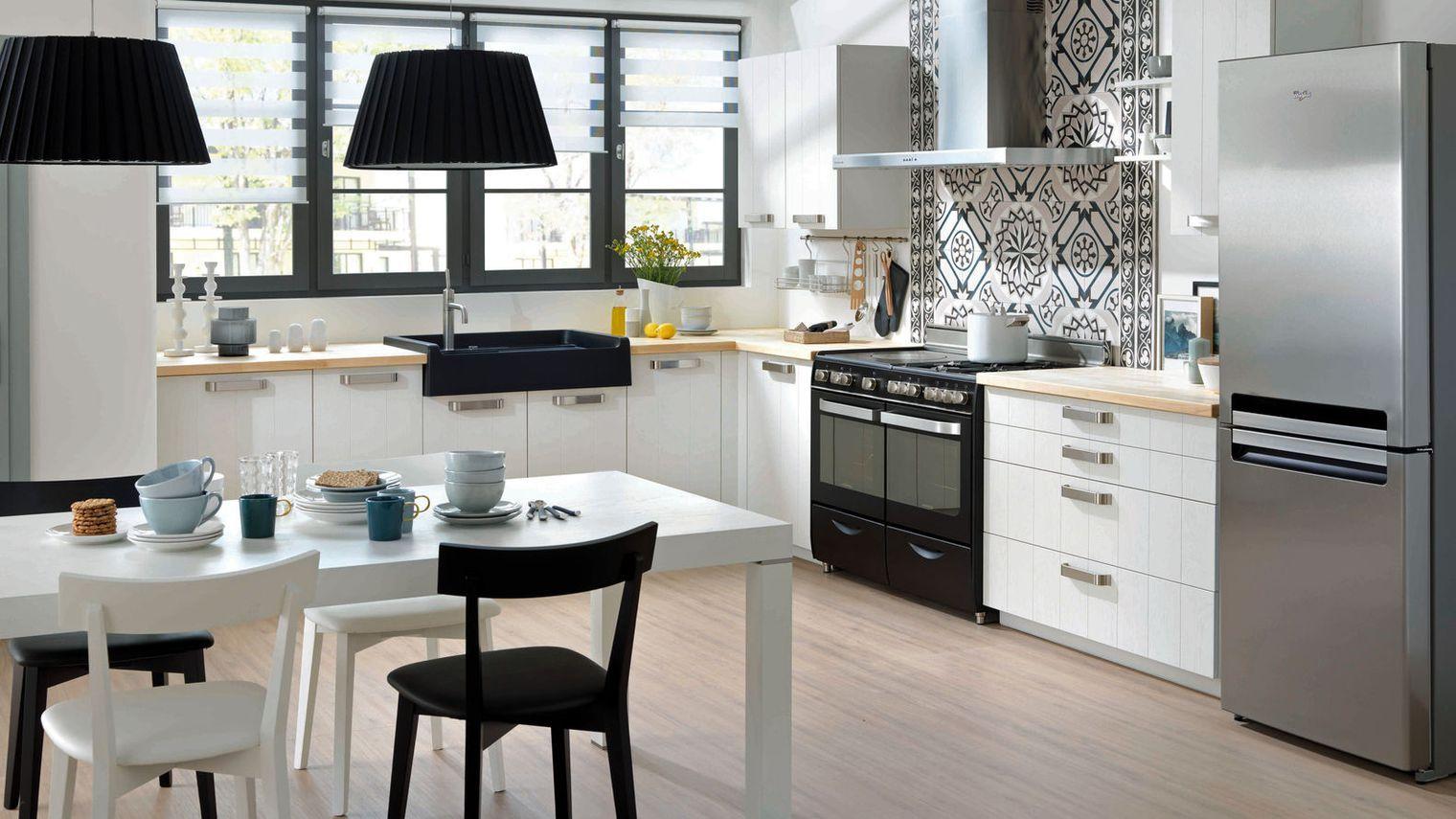 Cuisine Schmidt Noir Et Blanc Moderne_4864985 Jpg 1520 855 Home