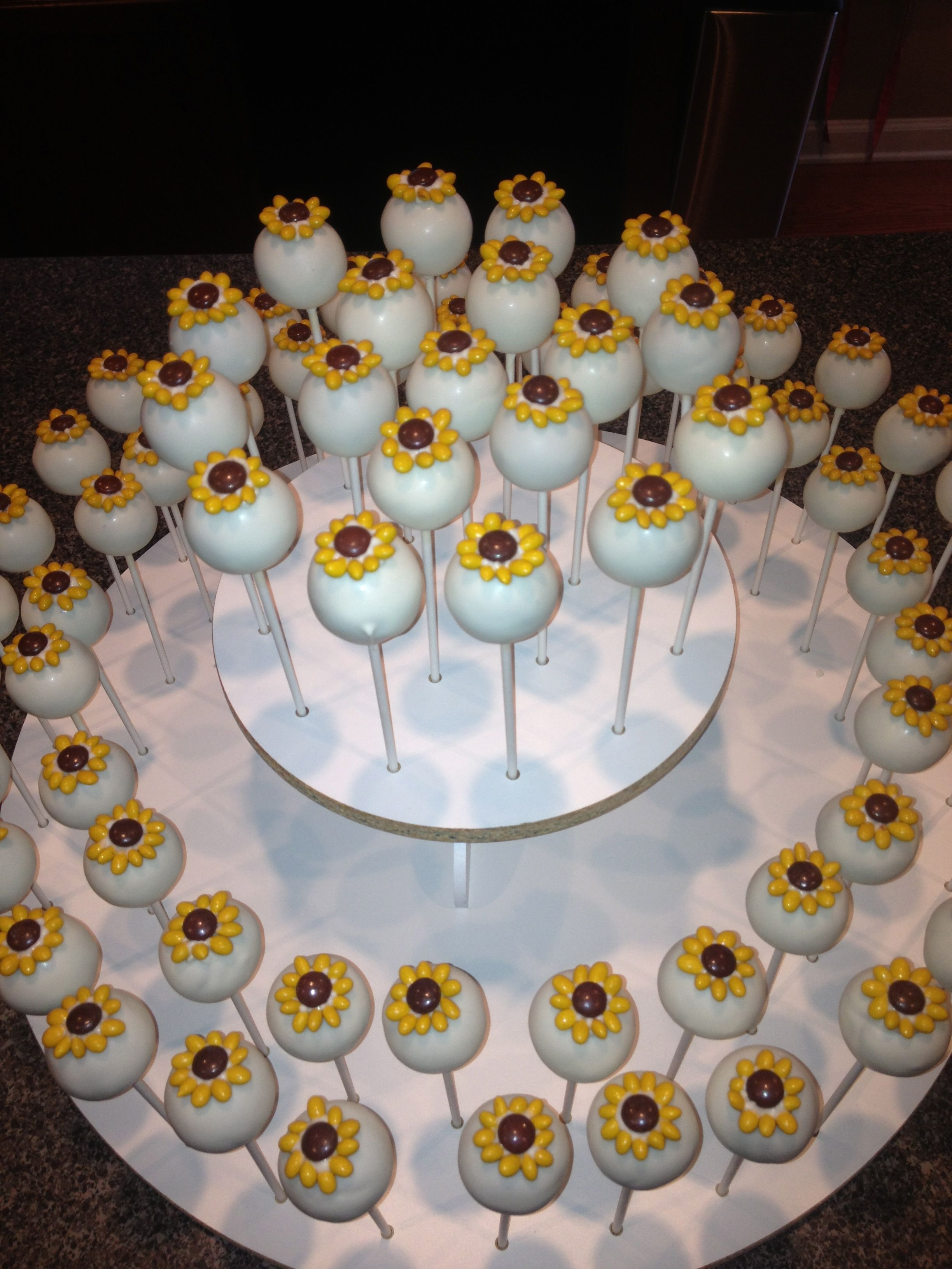 cake pop decorating ideas for weddings sunflower cake pops by www cakepopsbyjen net cake pops 2282