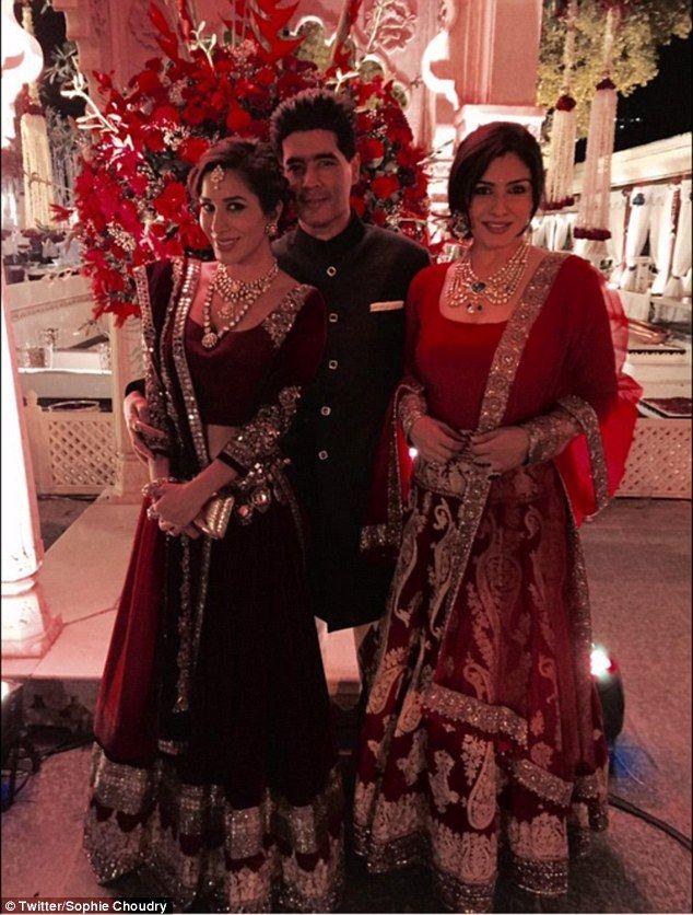 Plus reception dress in hindu   Fashion   Pinterest   Fashion