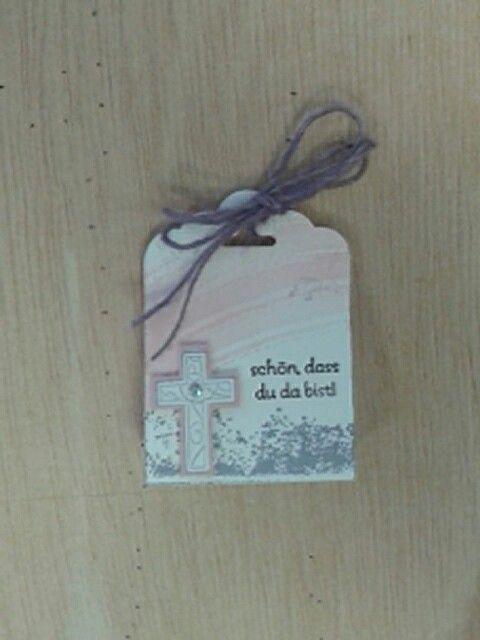 Namensschild, kann mit einer kleinen Süßigkeit gefüllt werden. Für Kommunion oder Konfirmation