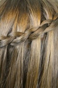 Dutch Waterfall Braid Step By Step Instructions Haar Styling