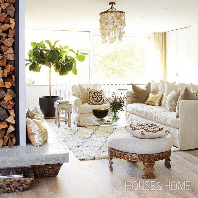 A sunny living room with modern, boho-chic appeal [Photo: Kim Jeffery   Design: Lynn Appleby]