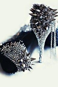 studs <3 heels <3 diamonds
