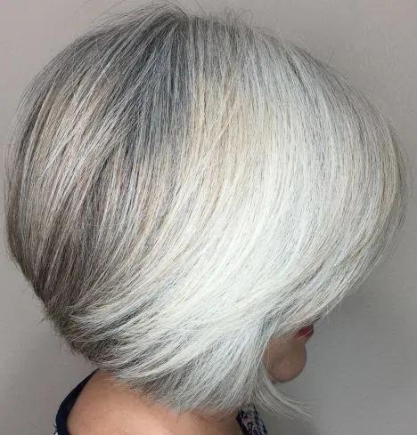 Short Salt And Pepper And White Bob In 2020 Grey Hair Styles For Women Gorgeous Gray Hair Short White Hair
