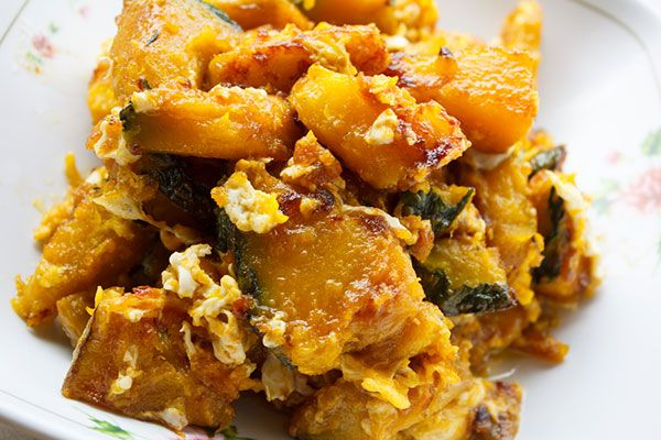 Easy thai recipe stir fried pumpkin with egg thai food easy thai recipe stir fried pumpkin with egg forumfinder Image collections