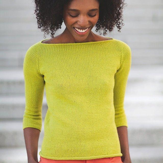 Ny lettstrikket gul genser til påske? Nytt hefte; Pt design nr 132 Lett å strikke Pelini. Her finner du enkle og lekre modeller i friske vårfarger. Har du ikke tatt inn Pelini enda, så er tiden inne! 50% lin og 50 % bomull i flotte farger. Raumaforhandlere kan også bestille :) #raumagarn #raumaullvare #garn #strikking #strikk #pelini #vårstrikk #snartpåske #gul #påske #lettstrikk #diy #fashion #design #raumadesign #ptdesign #knit #knitting Pt design: Ane Tyssøy Godal @agodal Foto: Hilde…